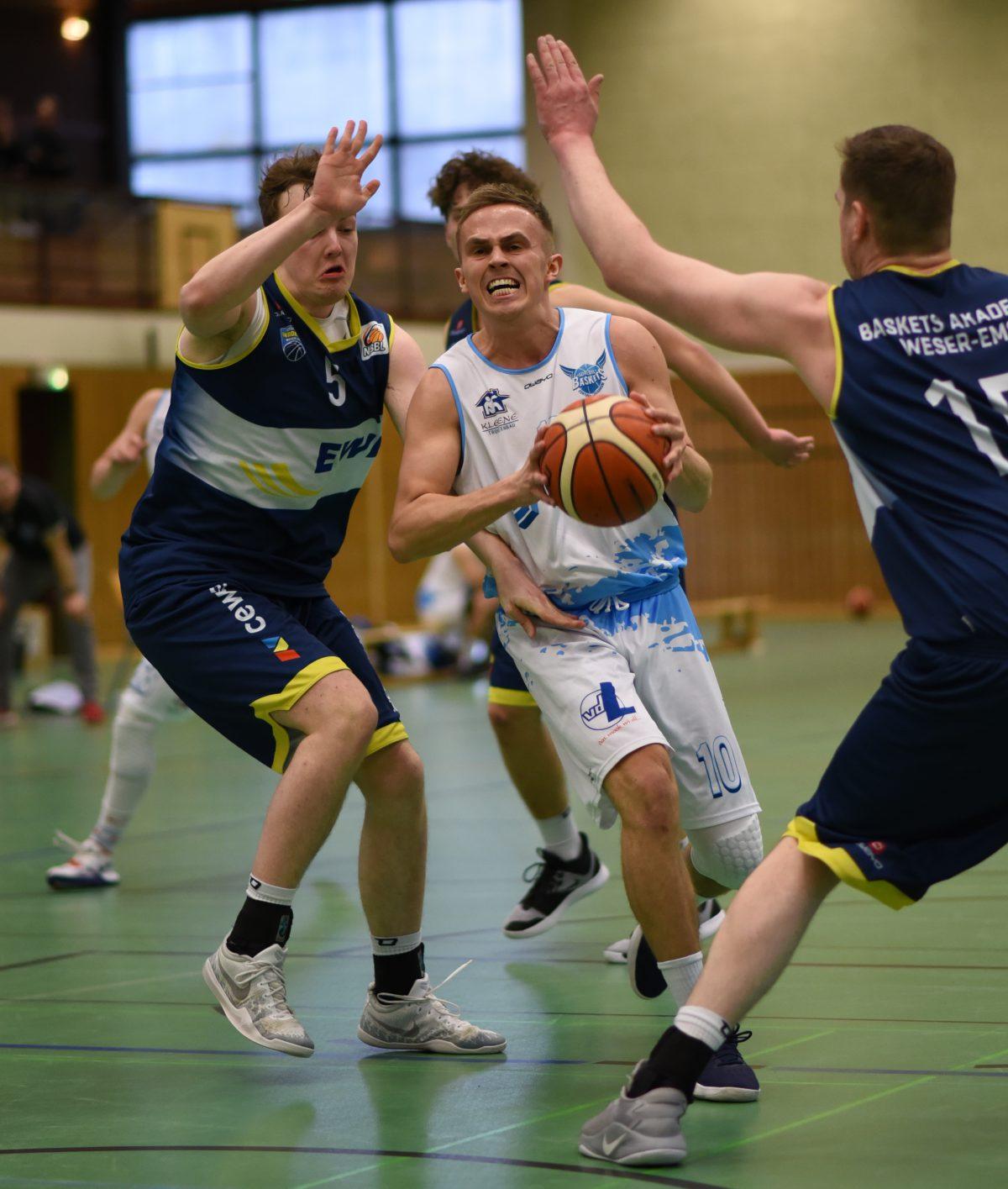 73:69 – S.O. Medien Baskets verabschieden sich mit Sieg aus der Saison