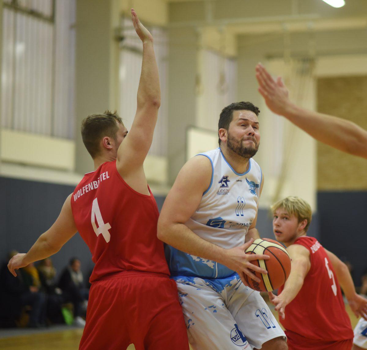 53:77 – Wolfenbütteler Liga-Topscorer zu stark für Logabirumer Basketballer