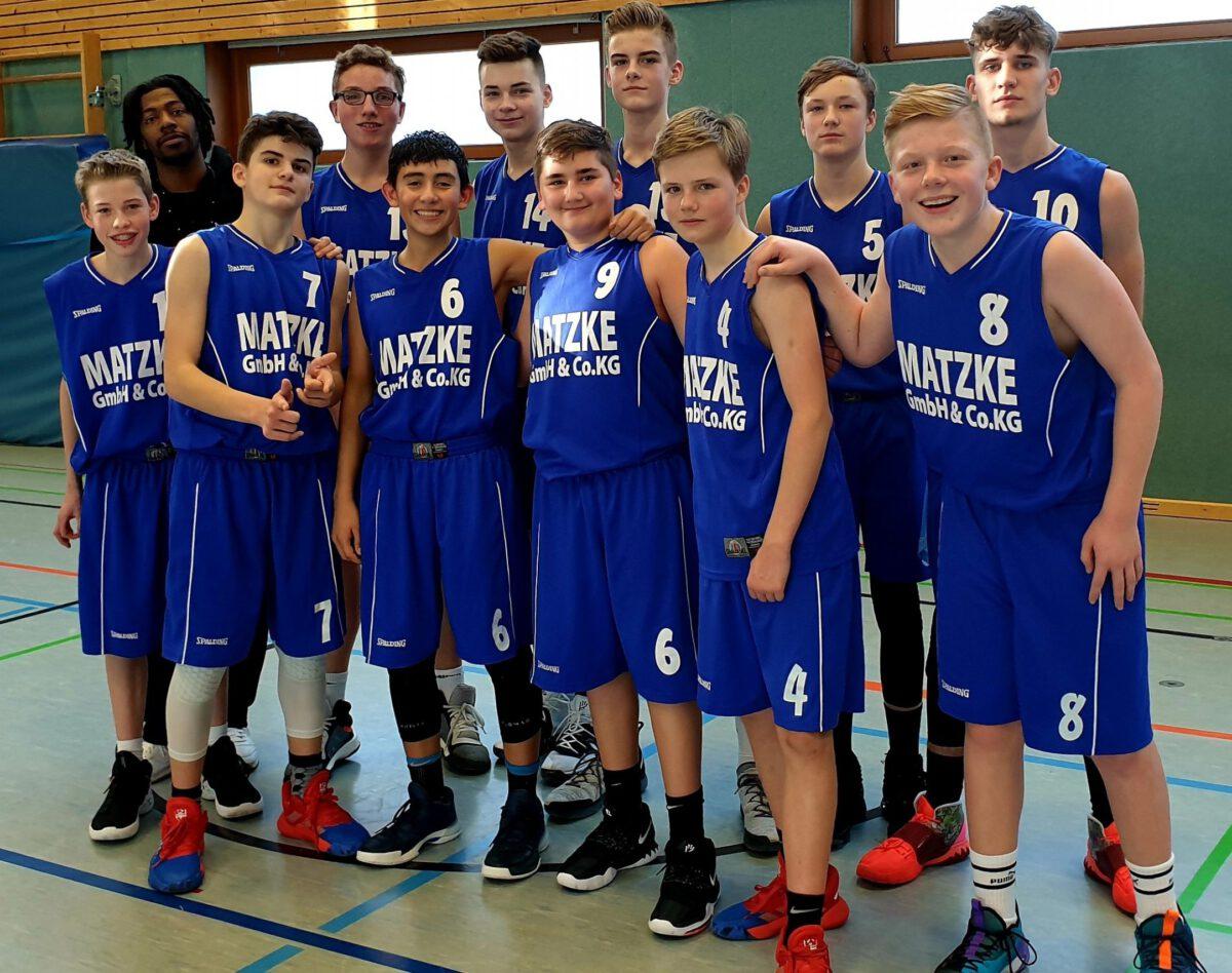 68:54 – Na endlich! U16 feiert in Rotenburg den ersten Sieg in der Landesliga