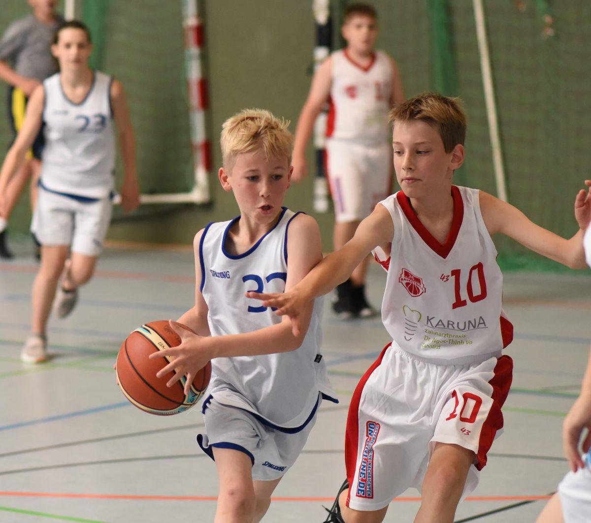 Logabirumer U13 holt sich Platz zwei beim Turnier in Borssum